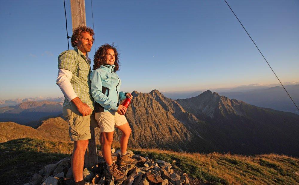 Vari percorsi escursionistici nelle zone intorno a Tesimo